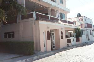 Hotel Francis Arlene