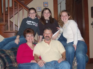 Family photos, children, daughters, sisters, Thanksgiving