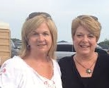 Sisters, Concert, summertime, adult sisters, Middle-age