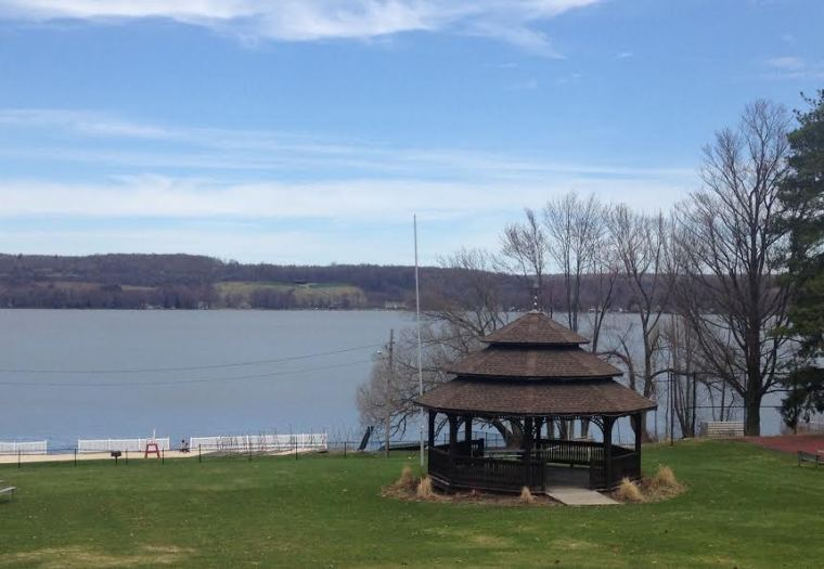 Lakewood NY, Chautauqua Lake, Lake, Gazebo, Springtime, Open Water, Lakewood Beach